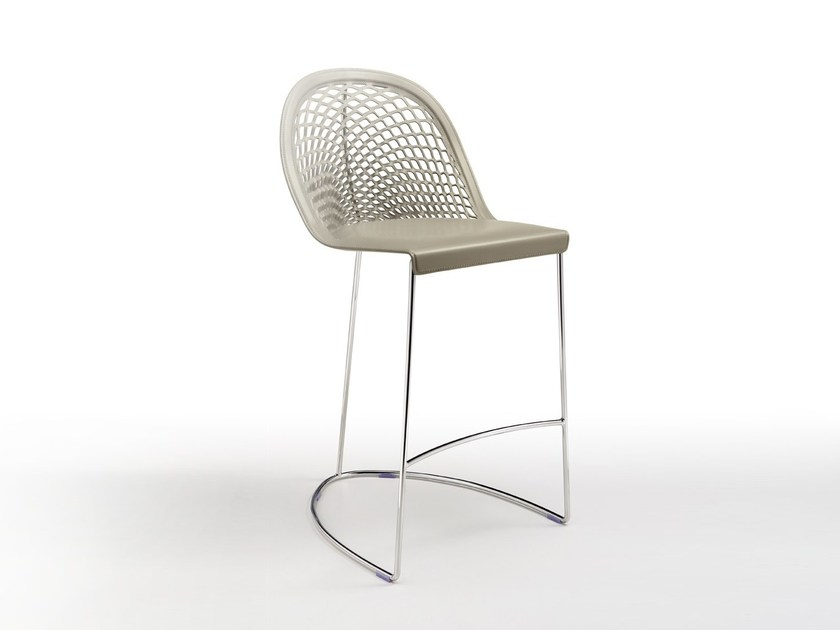 Chair with footrest GUAPA | Chair by Midj