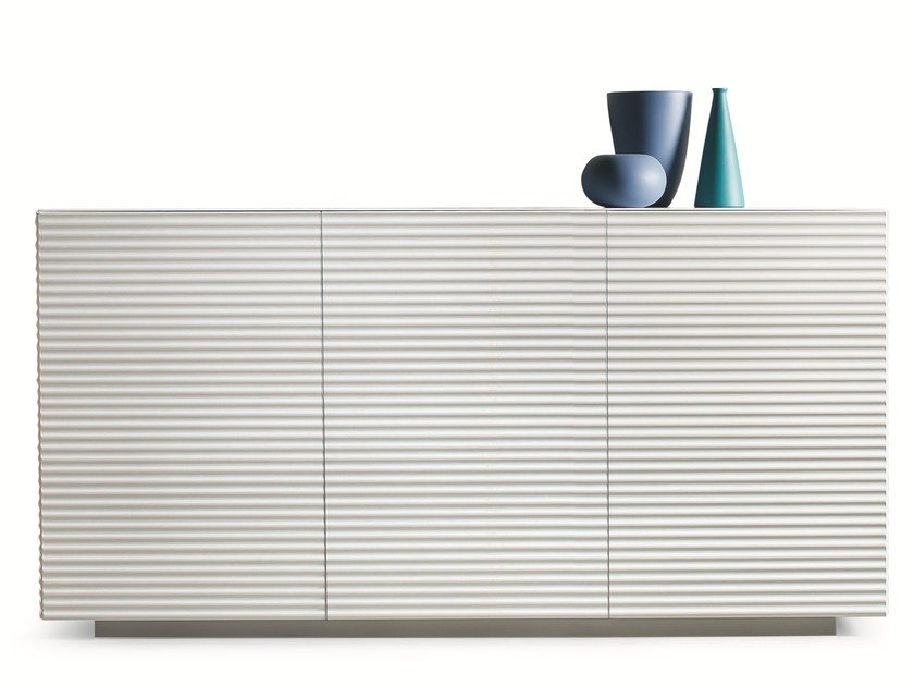 Lacquered sideboard with doors OLA | Sideboard - RIFLESSI