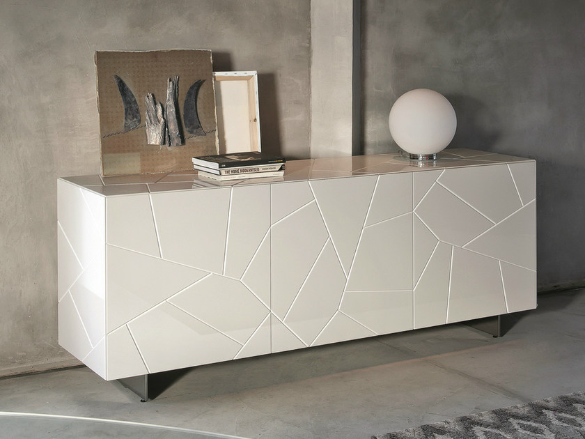 Lacquered wooden sideboard with doors SEGNO S3 | Sideboard - RIFLESSI