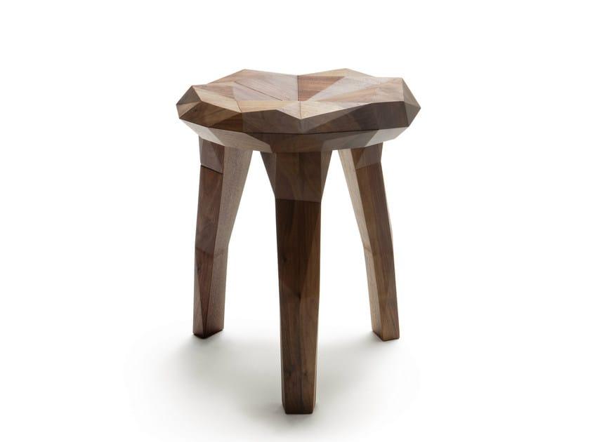 Low walnut stool STOCKHOLM STUDY - Nikari