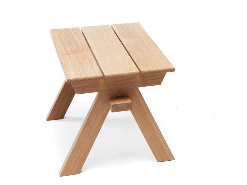 Low oak garden stool ARKIPELAGO KVTR1 - Nikari
