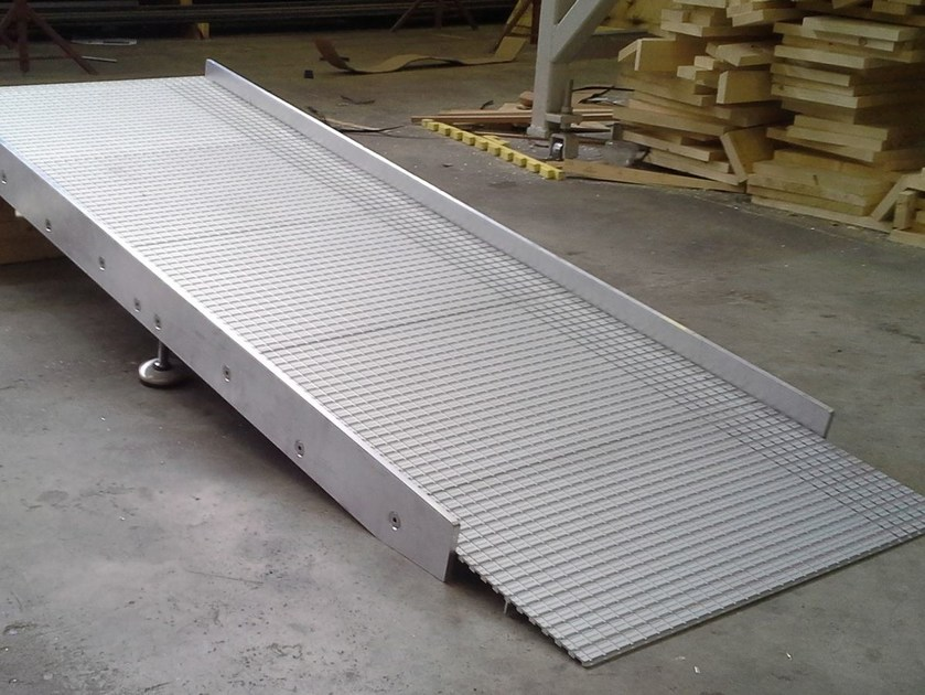 Aluminium Entrance ramp Aluminium Entrance ramp - ALUSCALAE