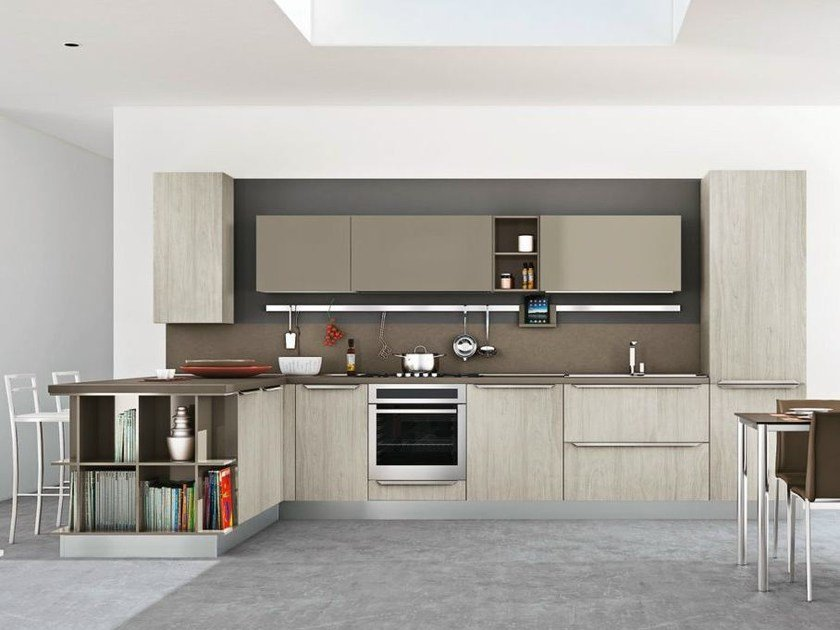 Fitted kitchen with peninsula GAYLA | Kitchen with peninsula - CREO Kitchens by Lube