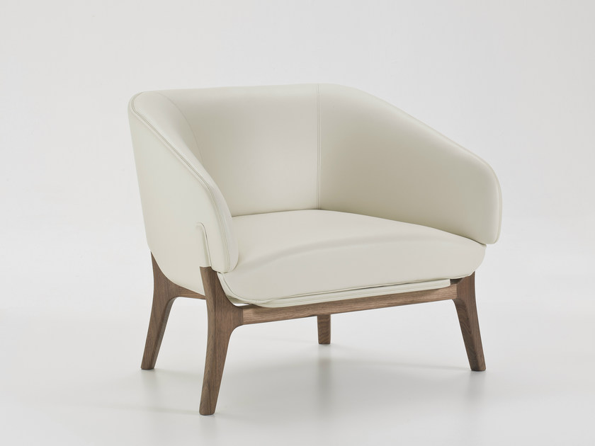 Leather armchair with armrests SAVILE ROW | Leather armchair by i 4 Mariani