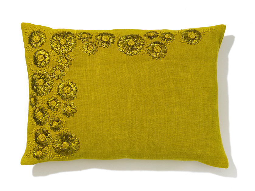 Rectangular hand embroidered cotton cushion with removable cover HAOMA - Élitis