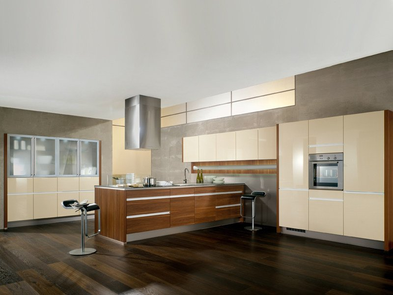 Lacquered kitchen with island LUX 812 - Nobilia-Werke