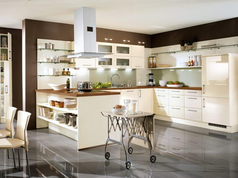 cozinha lacada uno 525 by nobilia werke. Black Bedroom Furniture Sets. Home Design Ideas