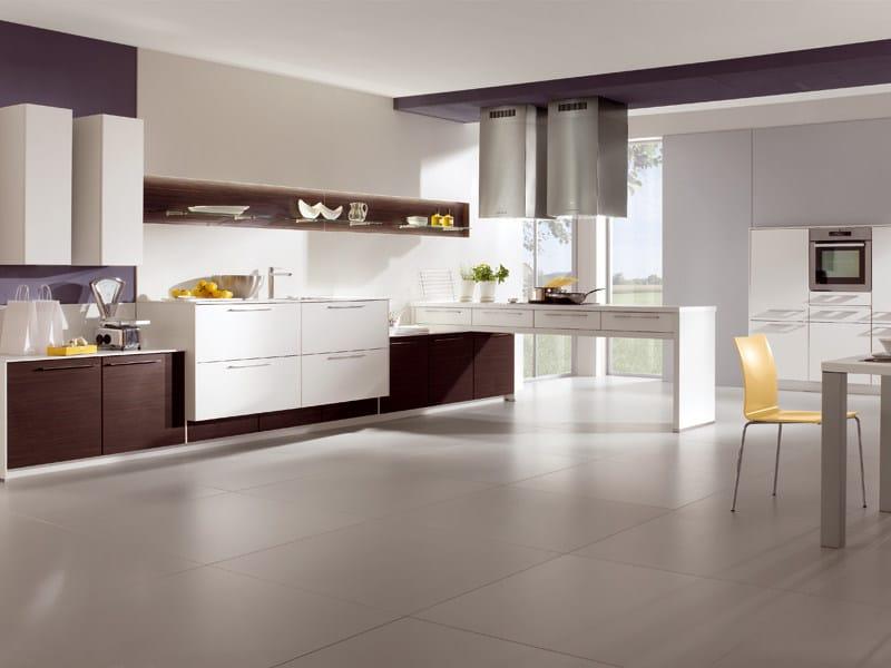cocina pia 603 by nobilia werke. Black Bedroom Furniture Sets. Home Design Ideas
