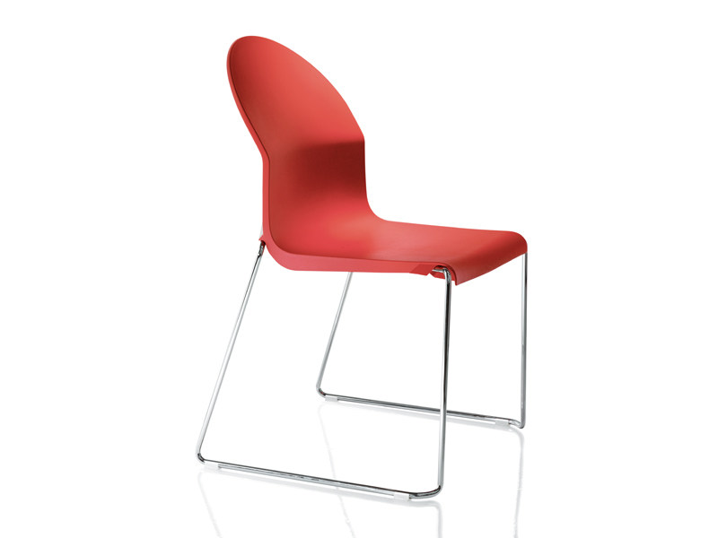 Stackable polypropylene chair AIDA by Magis