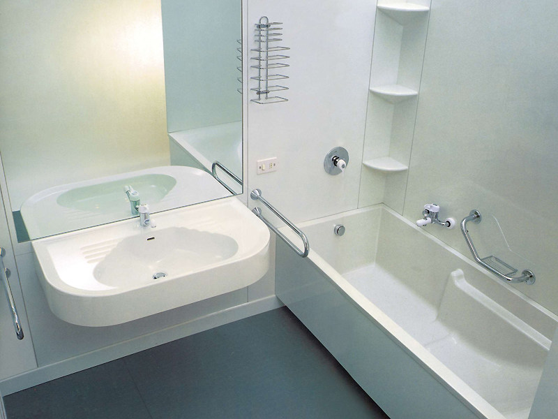 Vasca da bagno per disabili vascadoccia technova - Normativa bagno disabili ...