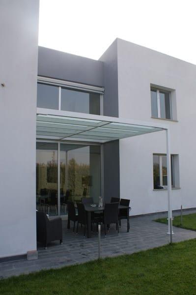 berdachung aus eisen und glas living by cagis. Black Bedroom Furniture Sets. Home Design Ideas