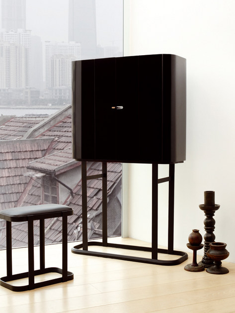 mobile toilette the narcissist bd barcelona design. Black Bedroom Furniture Sets. Home Design Ideas
