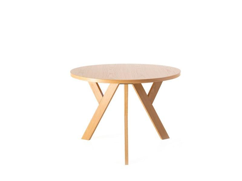 Tavolino Rotondo Legno Essenza Bim : Ypsilon tavolino by karl andersson söner design love