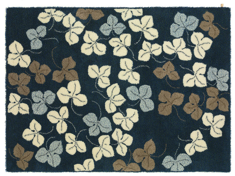Wool rug with floral pattern ANEMONE by Kasthall