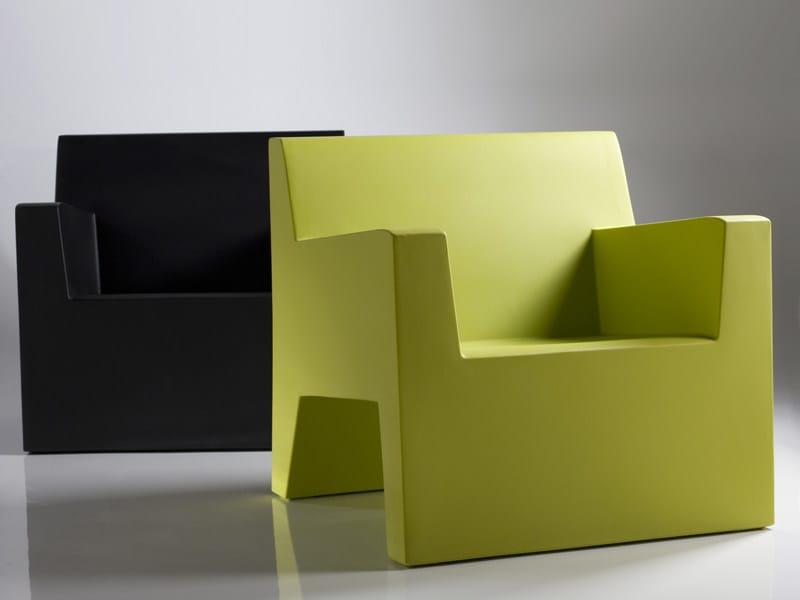 Resin garden armchair JUT | Garden armchair by VONDOM