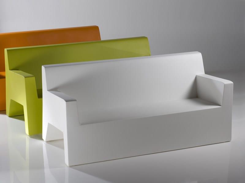 Jut divano da giardino by vondom - Resina per mobili ...