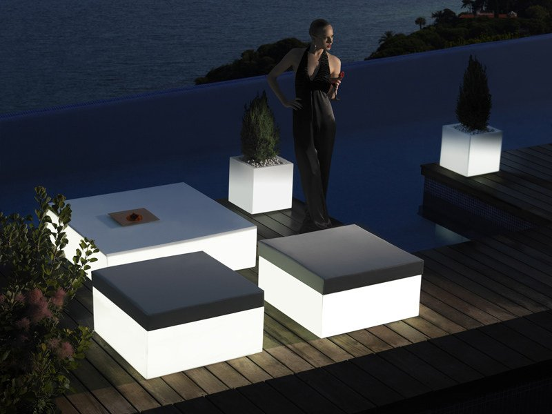Garden pouf / garden side table QUADRAT - VONDOM