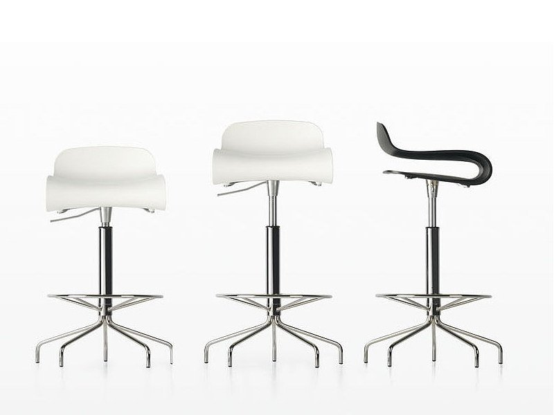 Swivel height-adjustable stool BCN | High stool by Kristalia