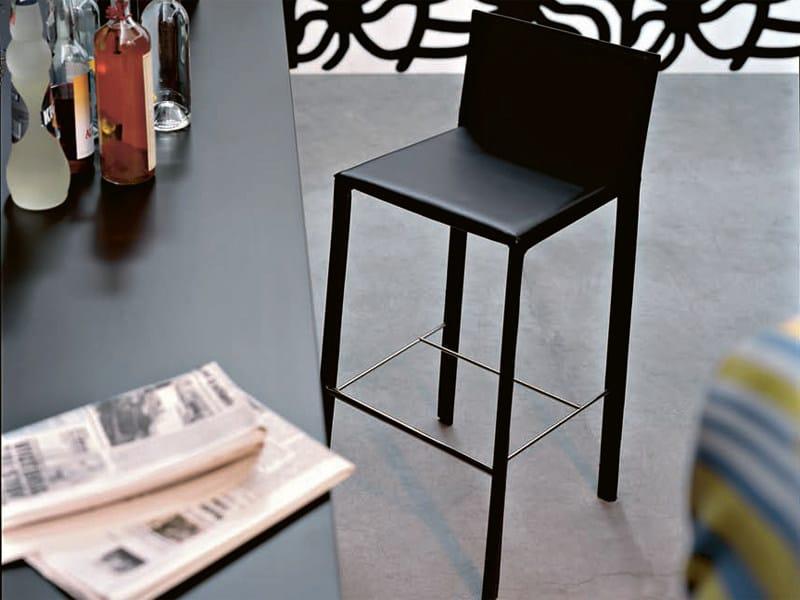 Tanned leather stool SLIM | Stool - Kristalia