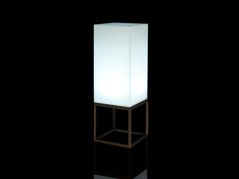 Floor lamp VELA | Floor lamp by VONDOM