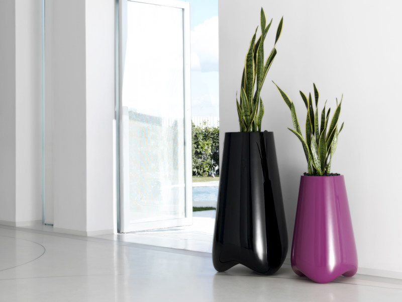 Garden vase with Light VLEK by VONDOM
