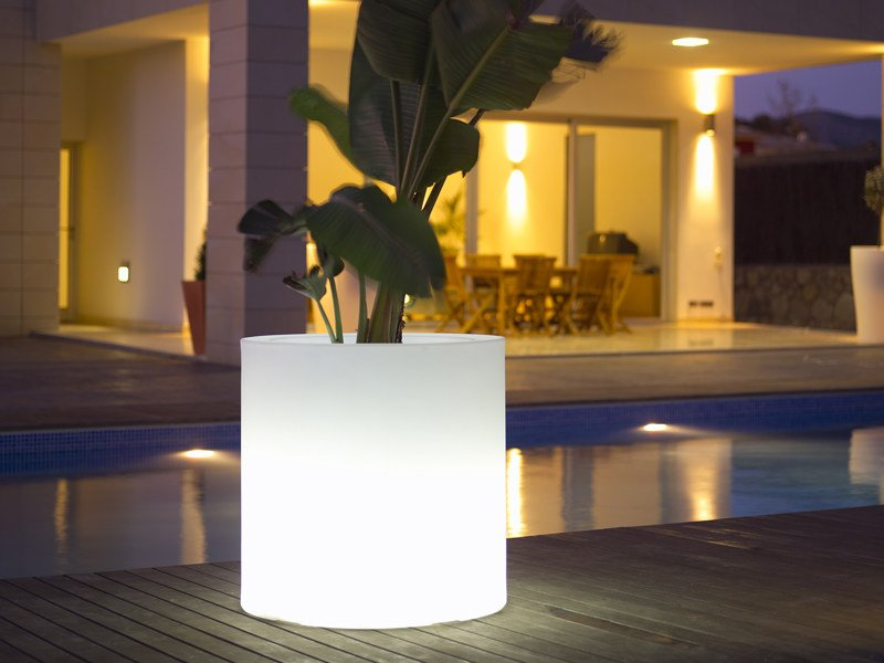 Polyethylene vase with Light CILINDRO - VONDOM