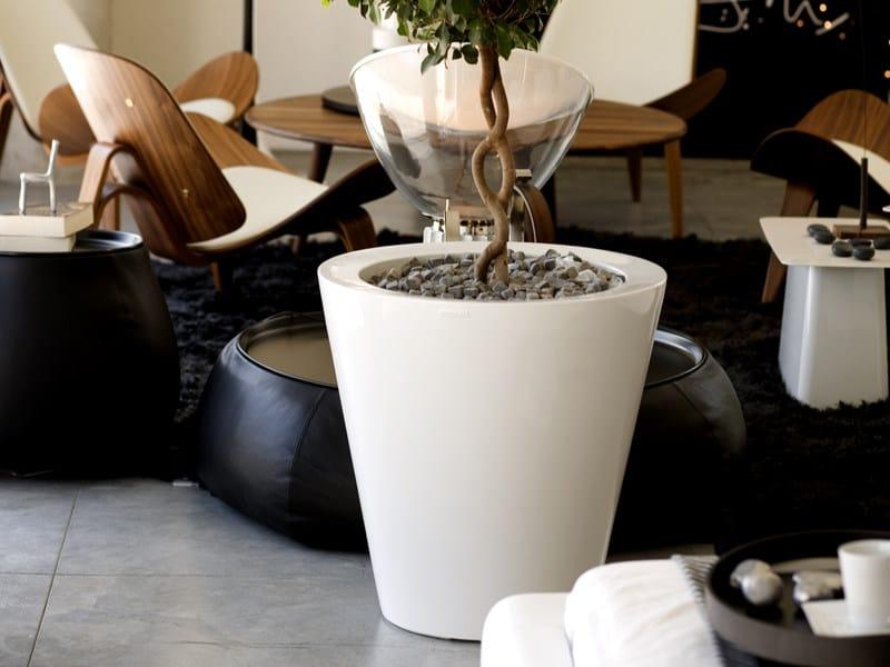 Polyethylene vase with Light CONO - VONDOM