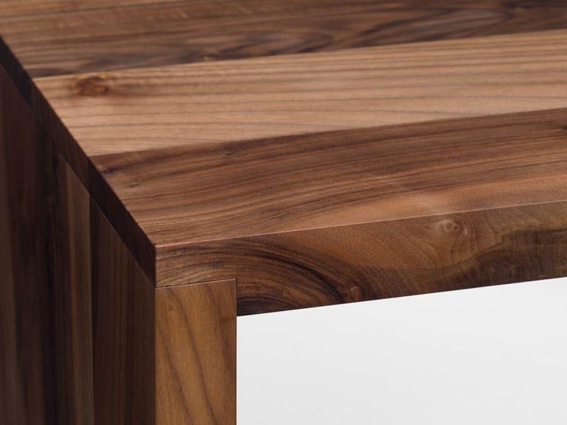 Scrivania / tavolo in legno massello PONTE - e15