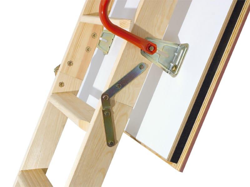 Scala retrattile in legno lwk komfort   fakro