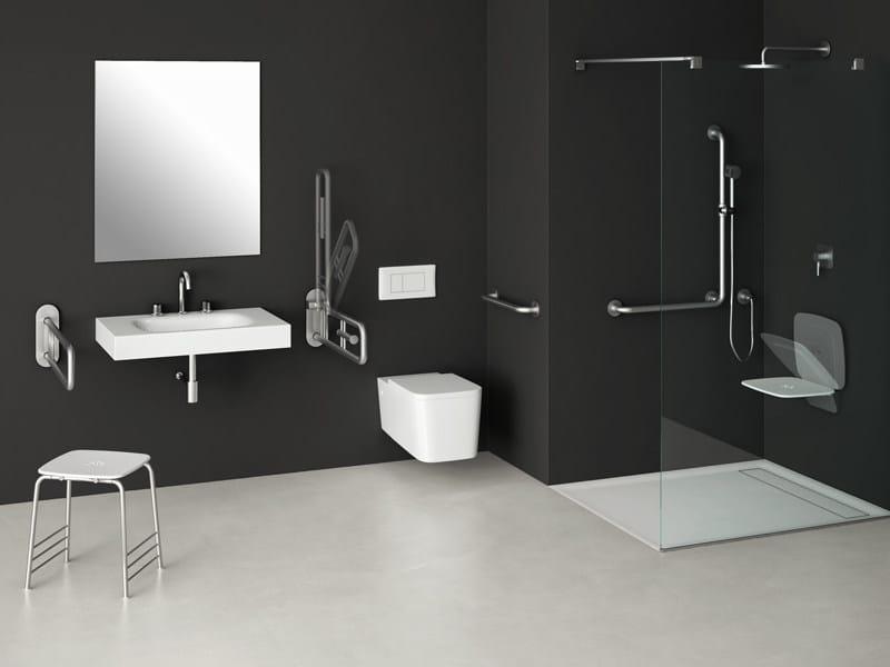 Sgabello per bagno interno di casa smepool.com