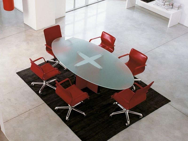 Glass meeting table VALEO | Oval meeting table - ENRICO PELLIZZONI