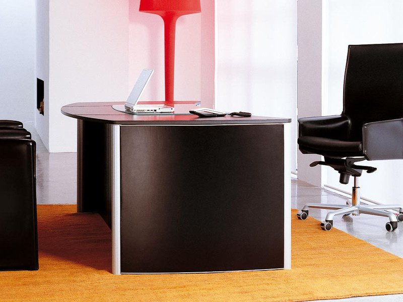 Executive desk VALEO SENIOR - ENRICO PELLIZZONI