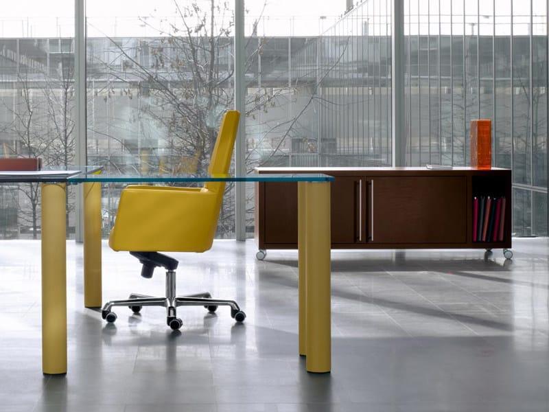 Mobile ufficio basso in cuoio con ruote nazca mobile for Mobile ufficio basso