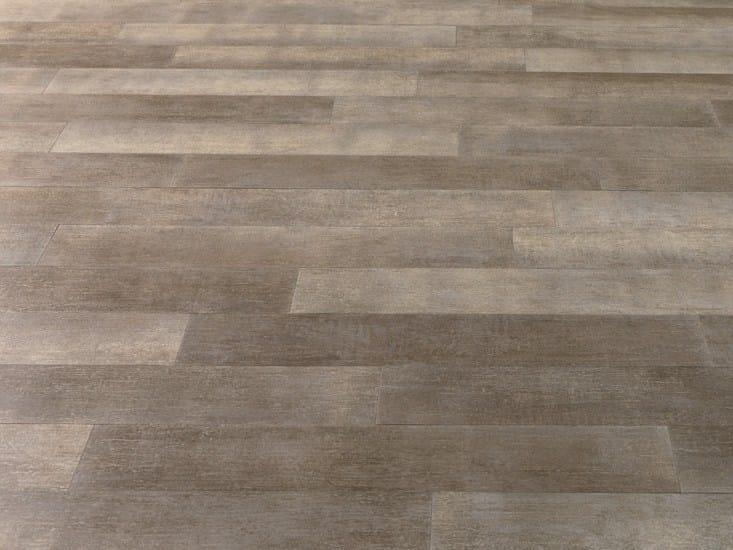 Rivestimento in gres porcellanato legni high tech rovere for Gres porcellanato effetto legno grigio