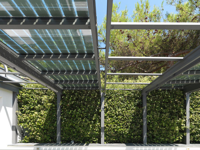 veranda fotovoltaica in acciaio inox veranda con vetri. Black Bedroom Furniture Sets. Home Design Ideas