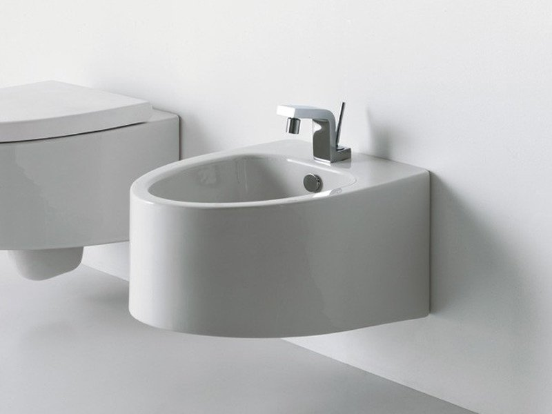 Wall-hung ceramic bidet BOING | Wall-hung bidet - GSG Ceramic Design