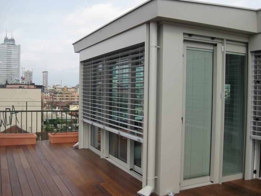 Veranda in metallo veranda quartieri luigi for Casa ranch con veranda