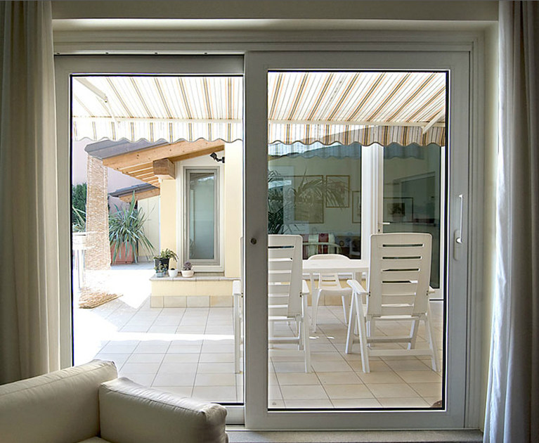 Finestra a taglio termico scorrevole in alluminio e legno finestra a taglio termico quartieri - Finestre pvc forum ...