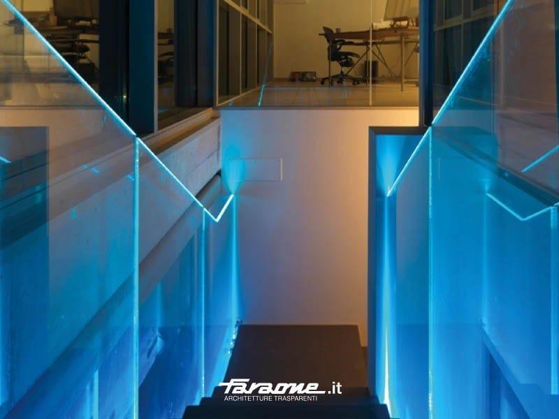 Baranda de escalera de vidrio con LED LÙMINA - FARAONE