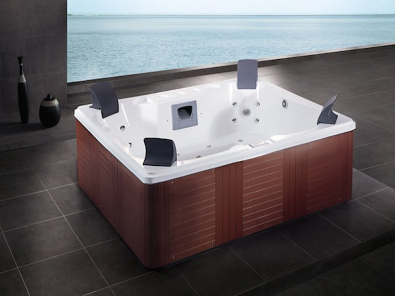 Hydromassage hot tub for chromotherapy 4-seats BL-806 | Hot tub 4-seats by Beauty Luxury