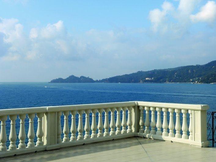 Stone balustrade rebuilt SAS | Railing - SAS ITALIA - Aldo Larcher