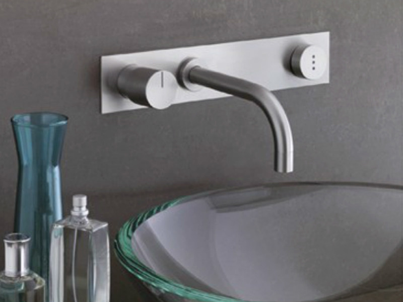 Wall-mounted electronic washbasin mixer 4113 | Washbasin mixer - VOLA