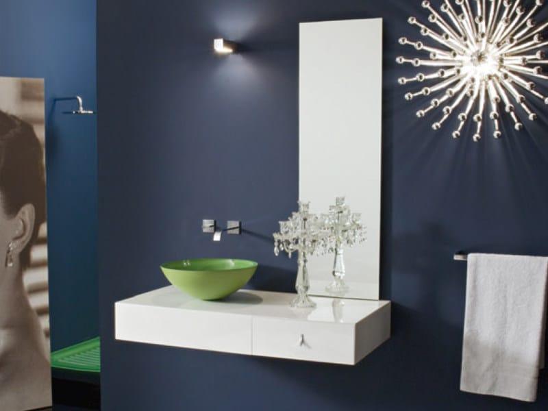 Lacquered wall-mounted vanity unit with mirror MARIPOSA 30 - LASA IDEA