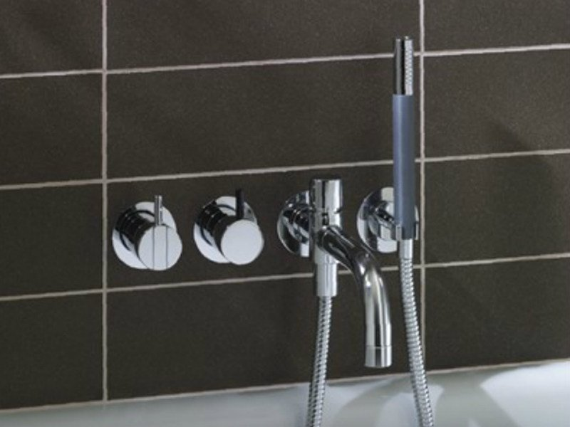 5 hole wall-mounted bathtub set with overhead shower 2441DT8-081 | Bathtub set by VOLA