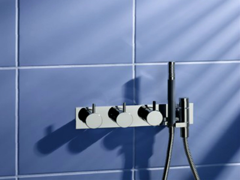 Wall-mounted thermostatic shower panel with overhead shower 5474R-081D | Shower panel - VOLA