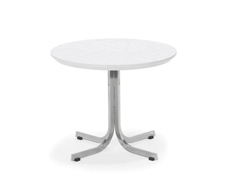 Round wooden table T 870 - Artifort