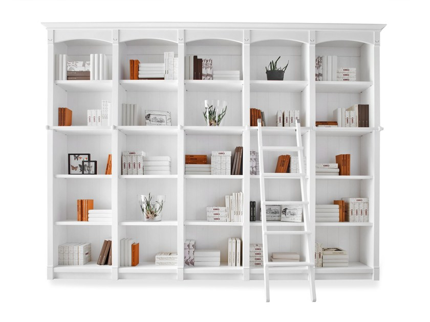 Provencal style wooden bookcase ENGLISH MOOD | Provencal style bookcase by Minacciolo