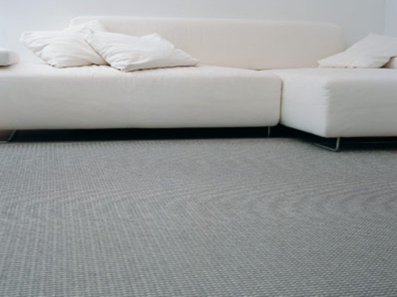 Solid-color handmade rectangular rug SUMMER RAIN by Woodnotes