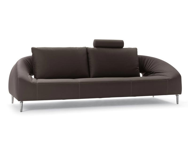 Leather sofa VOL DE REVE | Sofa by LEOLUX