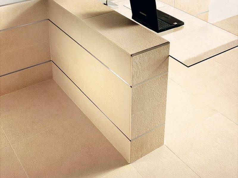 Pavimento rivestimento in gres porcellanato smaltato for Pietra piasentina fiammata prezzi
